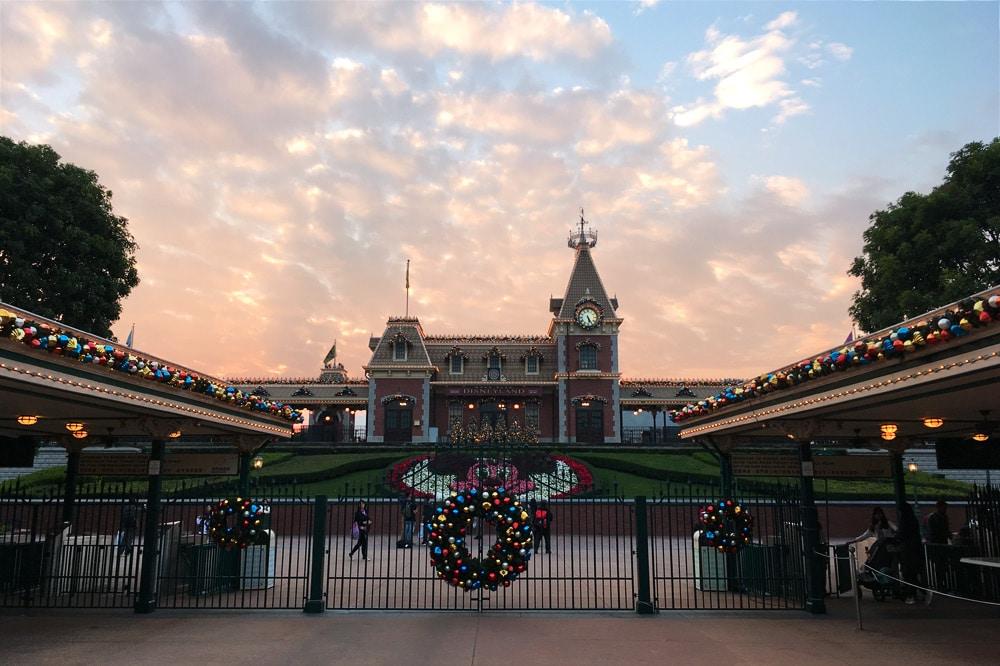 Hong Kong Disneyland: Eingang