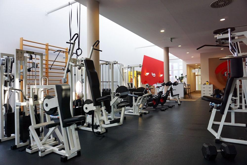 Therme Geinberg Erfahrungen: Erfahrungsbericht Vitalhotel Fitnessstudio