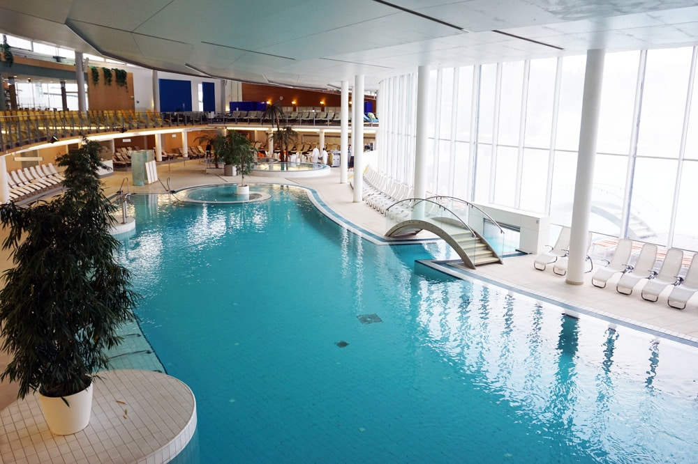 therme-geinberg-indoor-pool-innenbecken - Coconut Sports