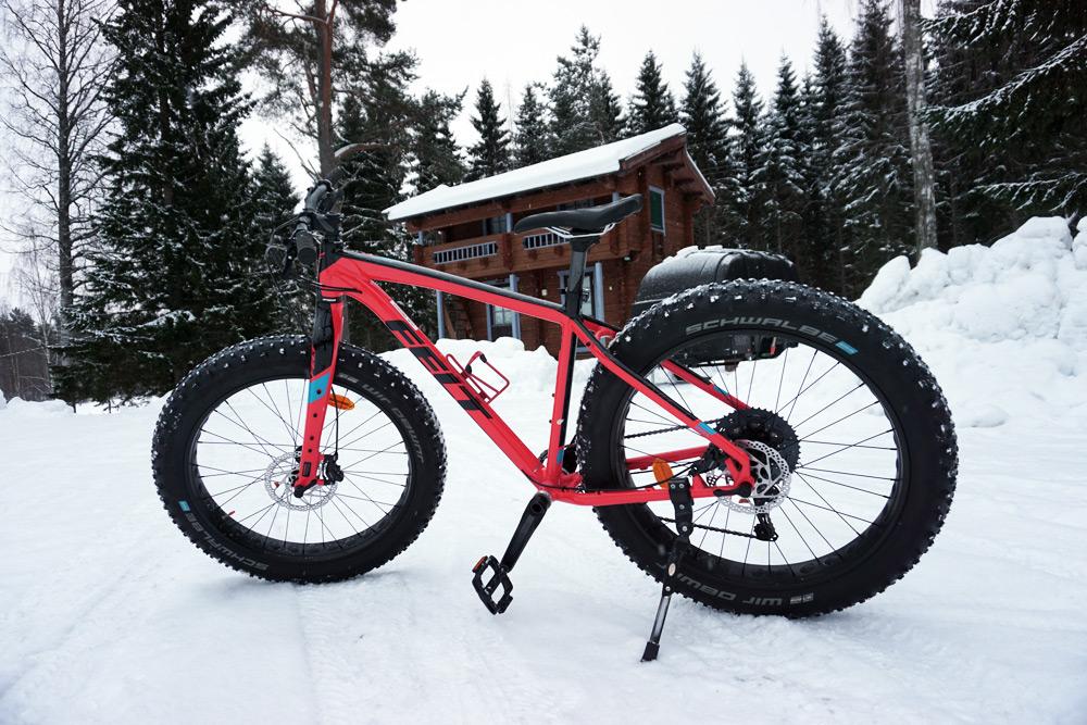 Jyväskylä in Lakeland, Finnland: Fatbike - Mountainbiken im Schnee
