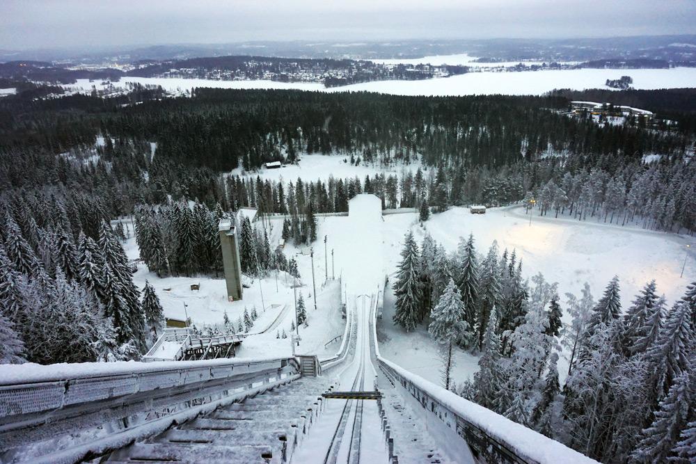 Jyväskylä in Lakeland, Finnland: Skischanze - Skispringen