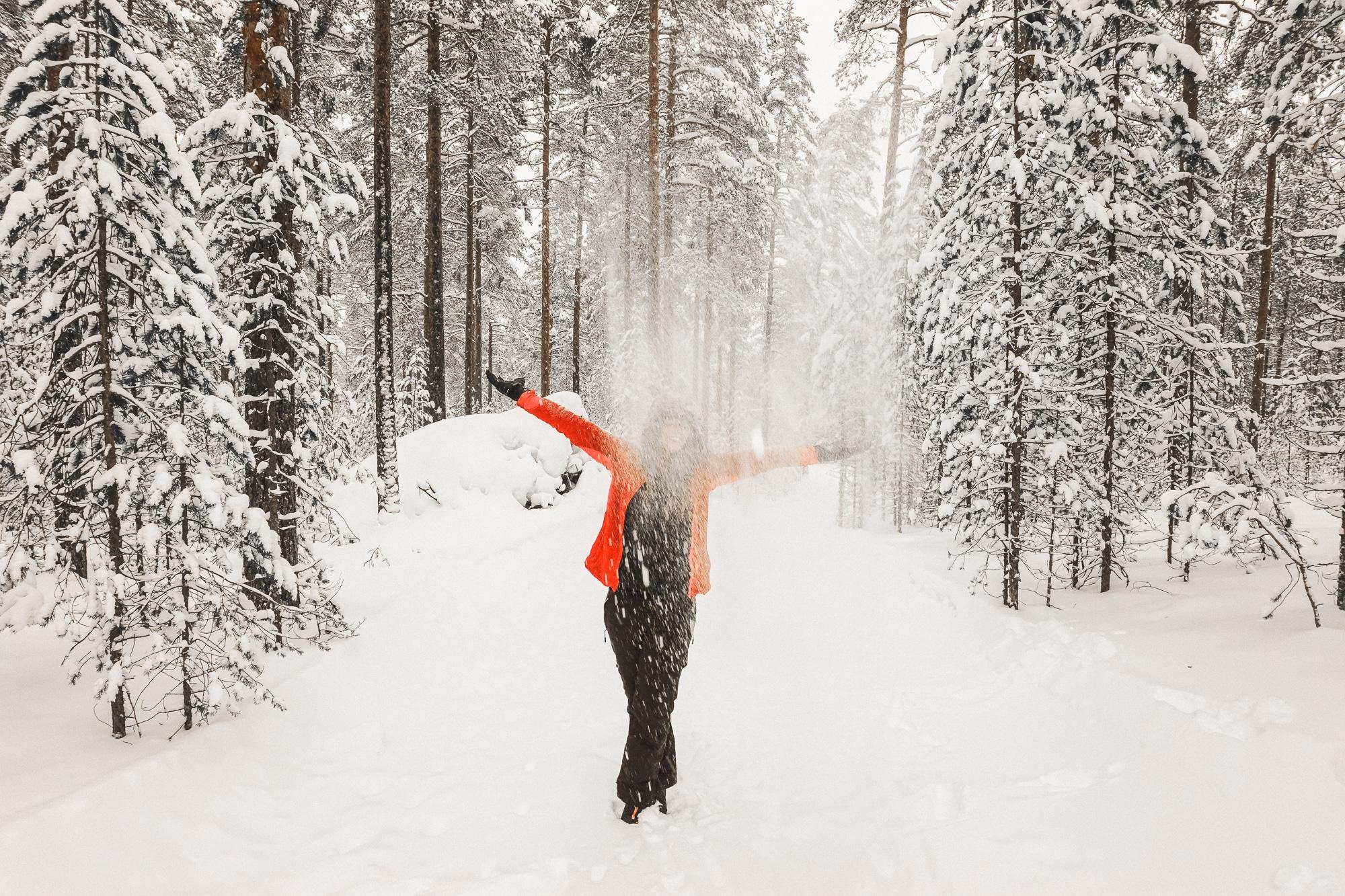 Vuokatti im zentralen Finnland ist ein Winterwunderland. Meine Tipps rund um Skifahren, Langlauf, Hundeschlitten fahren und Wintersport in der Region.