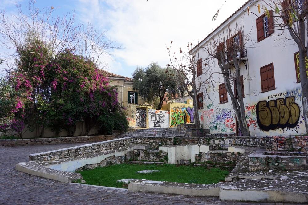 Am Fuße von Anafiotika in Athen - Athen Highlights