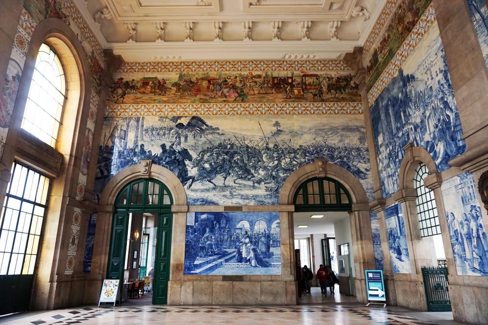Porto Sehenswürdigkeiten und Highlights: Bahnhof São Bento Fliesen - Azulejos