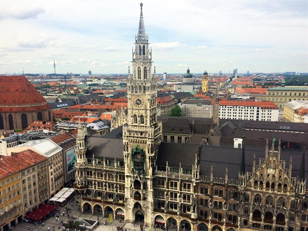 München Geheimtipps: Ausblick Alter Peter auf den Marienplatz