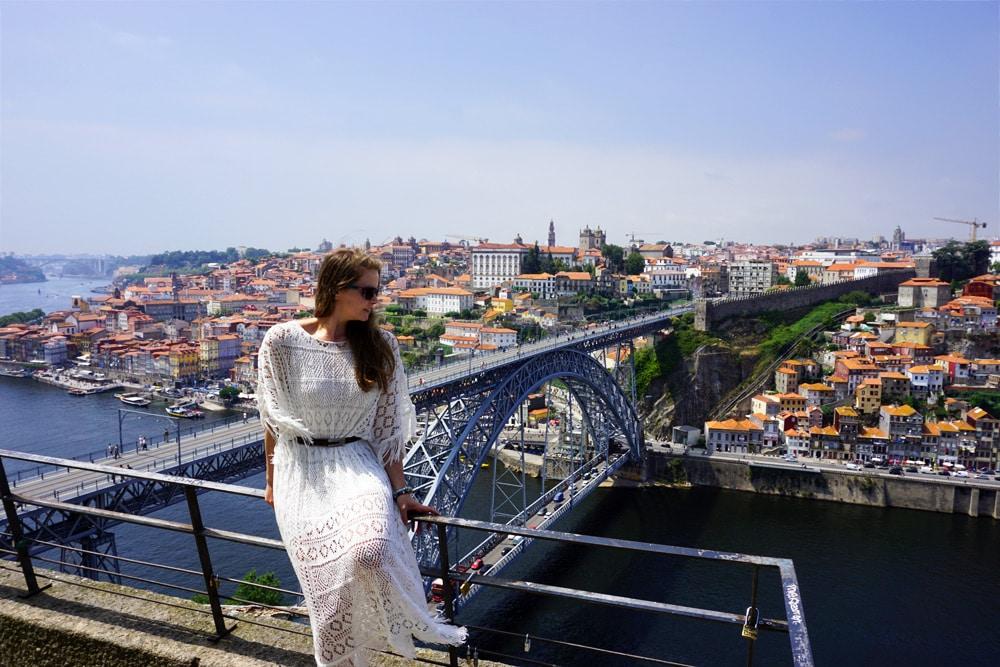 Porto Sehenswürdigkeiten und Highlights: Ausblick vom Kloster Serra do Pilar auf die Ponte Dom Luis