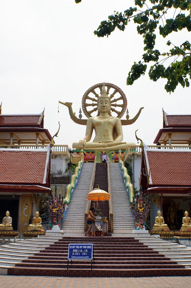 Koh Samui Sehenswürdigkeiten und Highlights: Big Buddha Statue Wat Phra Yai