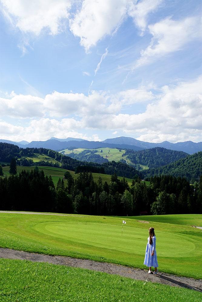 Haubers Naturresort: Meine Erfahrungen im Wellnesshotel im Allgäu - Golfplatz