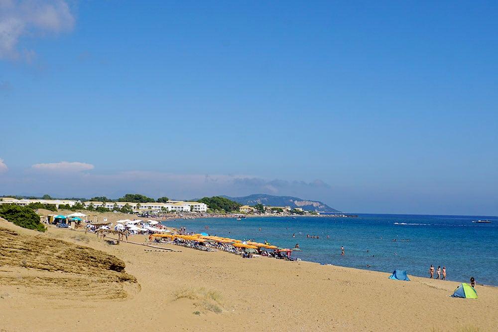 Frosch Sportreisen Erfahrungen: Morgen Yoga im Frosch Sportclub Agios Georgios auf Korfu