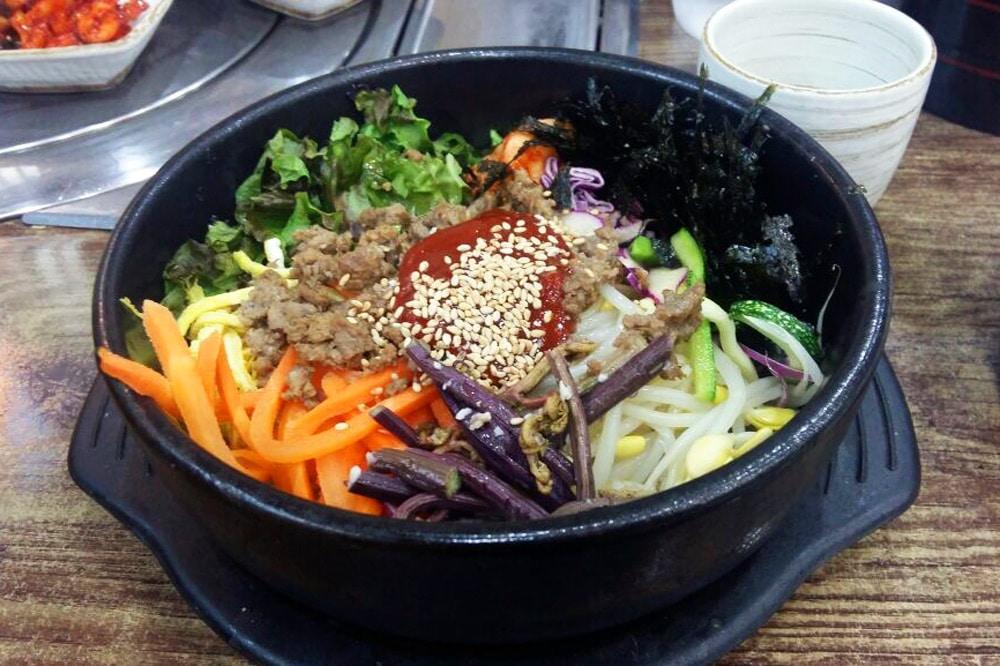 Top 10 Seoul Sehenswürdigkeiten: Meine Highlights und Things to do in Südkorea - Restaurants und Streetfood - Bibimbap