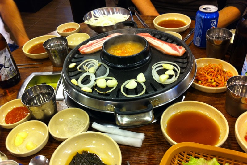 Top 10 Seoul Sehenswürdigkeiten: Meine Highlights und Things to do in Südkorea - Restaurants und Streetfood - Korean BBQ