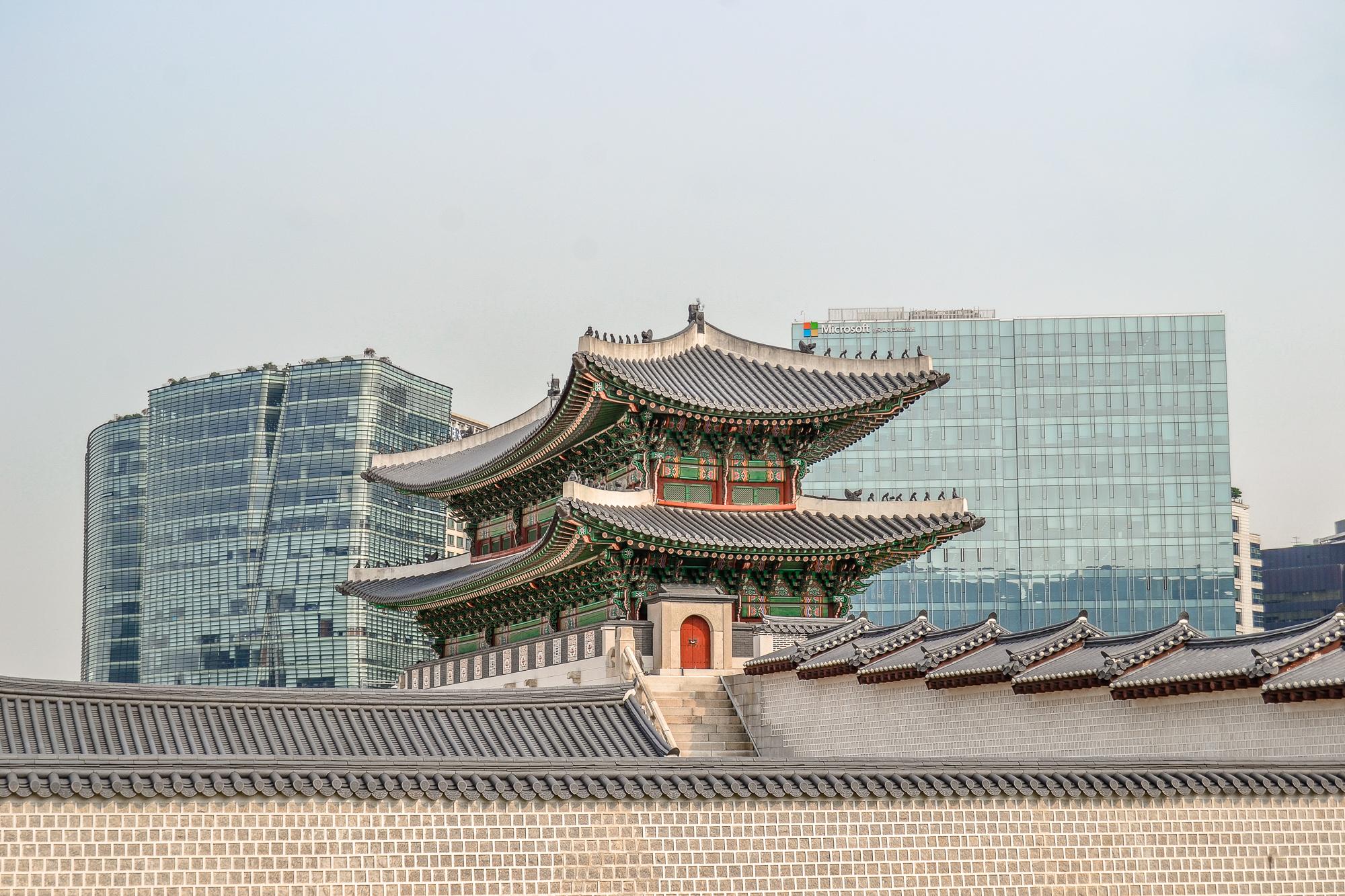 Hier verrate ich euch meine Top 10 Seoul Sehenswürdigkeiten: Alle Highlights und Things to do in der Hauptstadt von Südkorea - inklusive Food & Nachtleben.