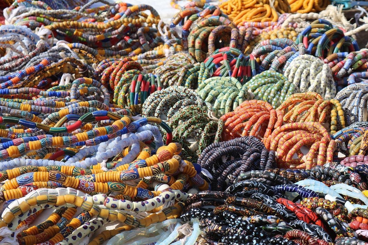 Top 10 Peking Sehenswürdigkeiten & Things to Do: Hongqiao Market (Pearl Market)