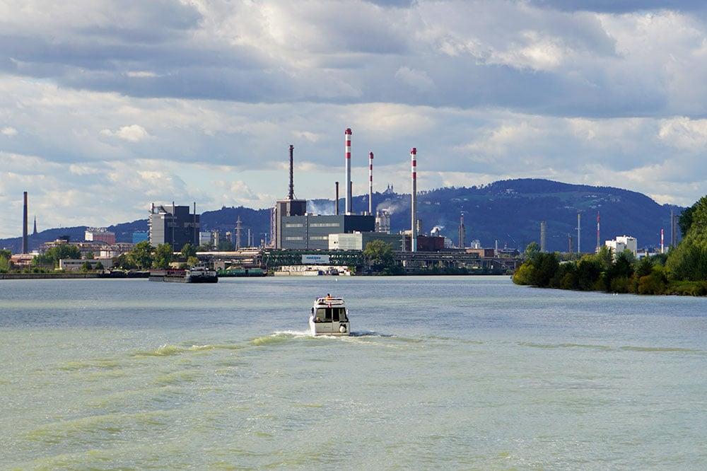 Donauradweg: Oberösterreich mit dem Fahrrad entlang der Donau entdecken - Donauschifffahrt MS Linzerin Linz