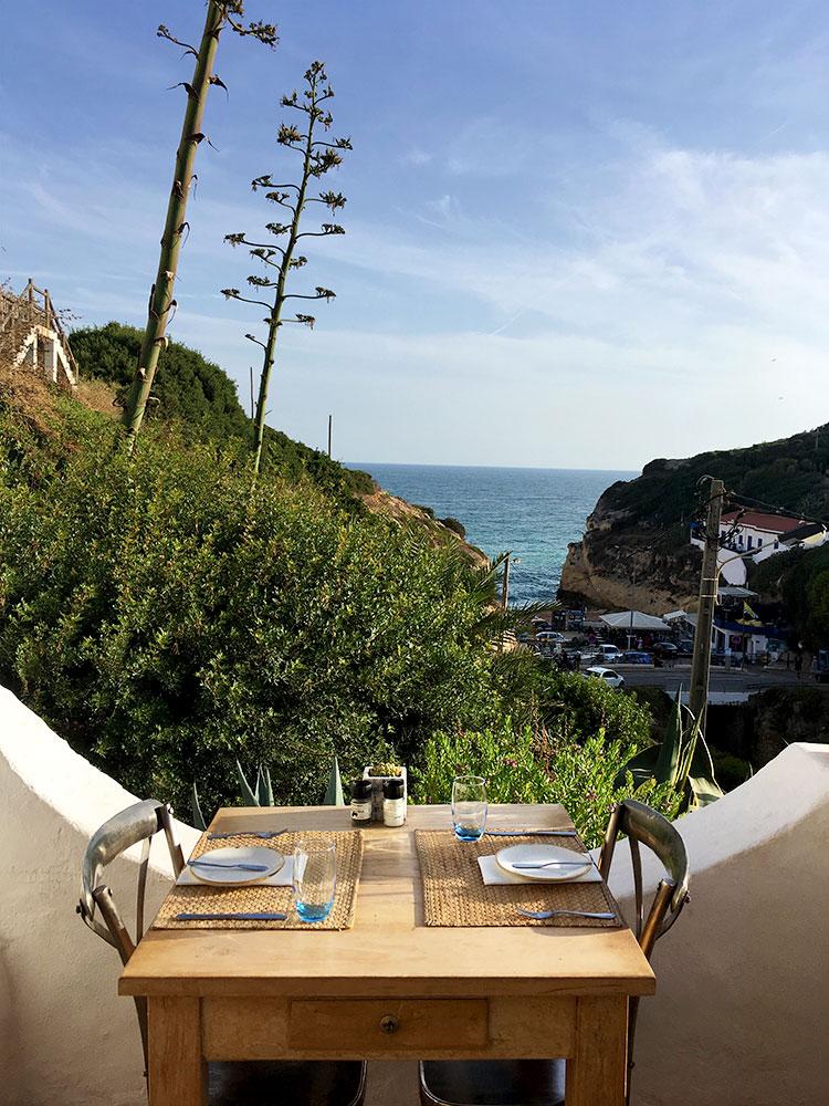 Algarve Top 10 Sehenswürdigkeiten: Highlights der schönsten Region in Portugal - Restaurant in Faro