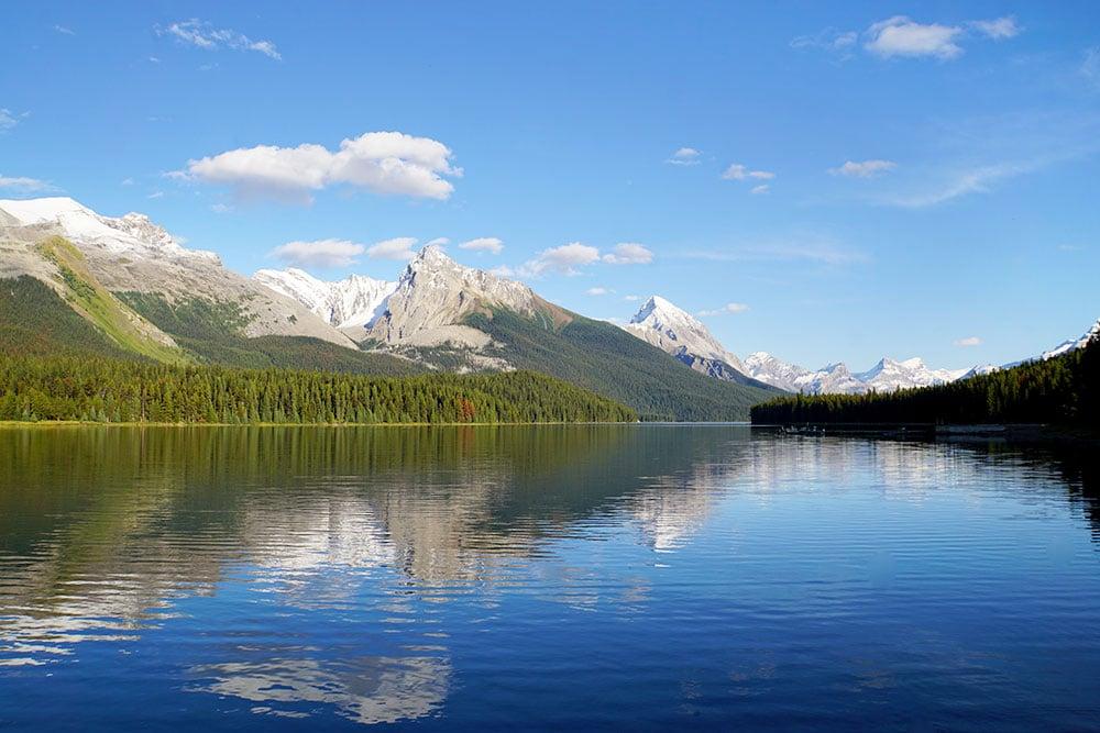 Jasper Nationalpark Top 10 Sehenswürdigkeiten: Das sind die Highlights im Park - Maligne Lake