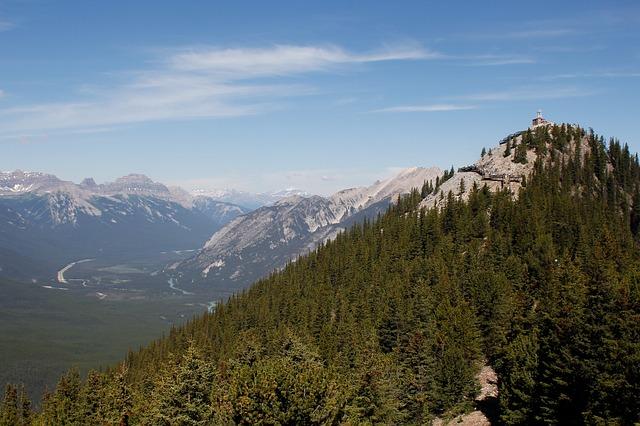 Highlights und Top Ten Sehenswürdigkeiten im Banff Nationalpark: Auf den Sulphur Mountain mit der Banff Gondola