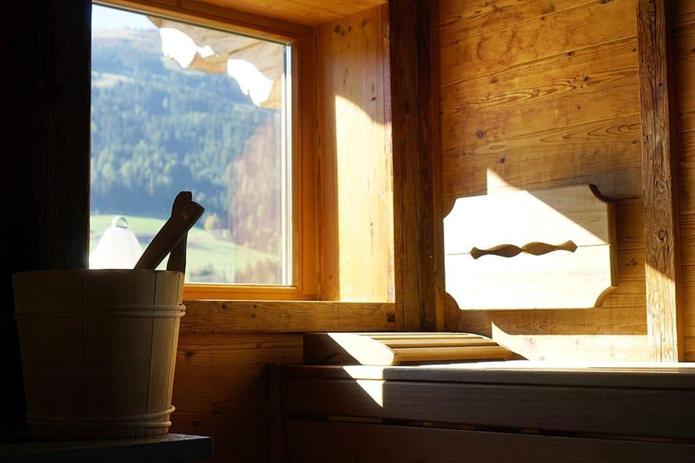 Hotel der Alpbacherhof: Meine Erfahrungen mit dem Wellnesshotel in Alpbach, Tirol - Finnische Außensauna