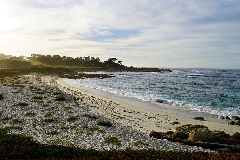 17-Mile-Drive Sehenswürdigkeiten: Highlights auf der bekannten Straße in Monterey - Spanish Bay Beach
