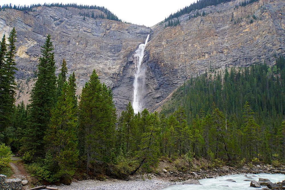 Yoho Nationalpark Sehenswürdigkeiten: Highlights & Wissenswertes über den Park - Takakkaw Falls