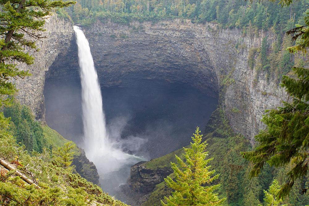 Wells Gray Provincial Park Sehenswürdigkeiten - die Highlights in British Columbia - Helmcken Falls