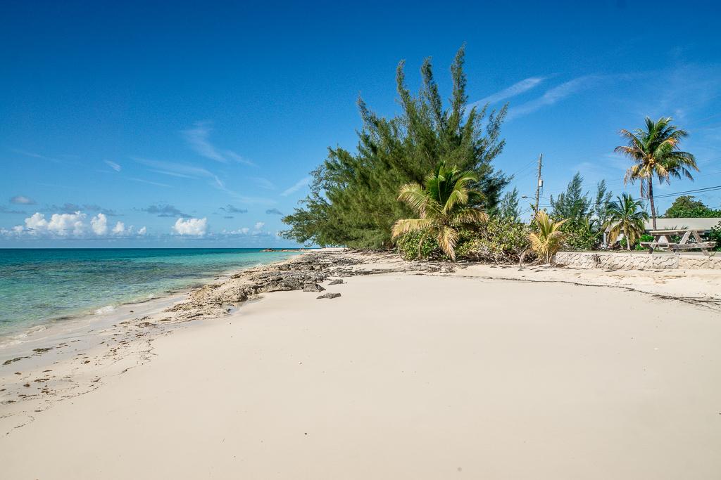 Top 10 Cat Island Sehenswürdigkeiten: Highlights und Strände der Bahamas Insel - Tea Bay Beach