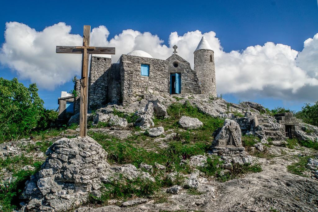 Top 10 Cat Island Sehenswürdigkeiten: Highlights und Strände der Bahamas Insel - The Hermitage Kloster Mount Alvernia