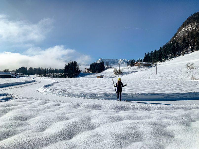 Kaiserwinkl Skiurlaub: Tipps zum Skifahren, Langlauf & andere Highlights - Langlaufkurs im Nordic Center Kössen