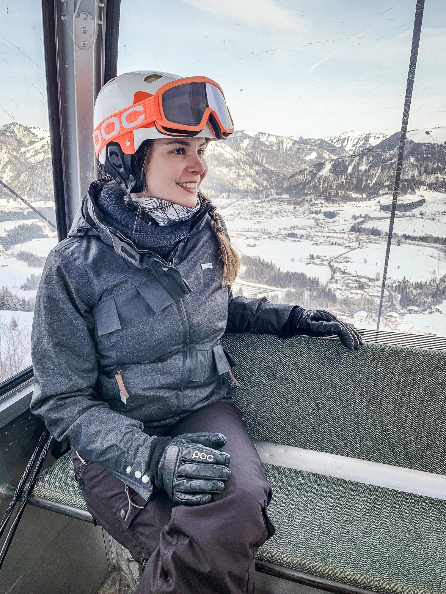 Kaiserwinkl Skiurlaub: Tipps zum Skifahren, Langlauf & andere Highlights - Skifahren Bergbahnen Hochkössen