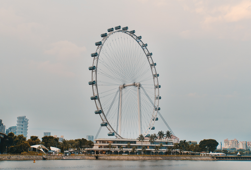 Singapore Flyer - Little India - Chinatown Markt - Sri Mariamman Tempel Chinatown - Chinatown - Masjid Sultan Moschee - National Orchid Gardens - Singapore Botanic Gardens Botanischer Garten - The Esplanade - Boat Quay - Singapur Top 10 Sehenswürdigkeiten: Alle Highlights für deinen ersten Besuch