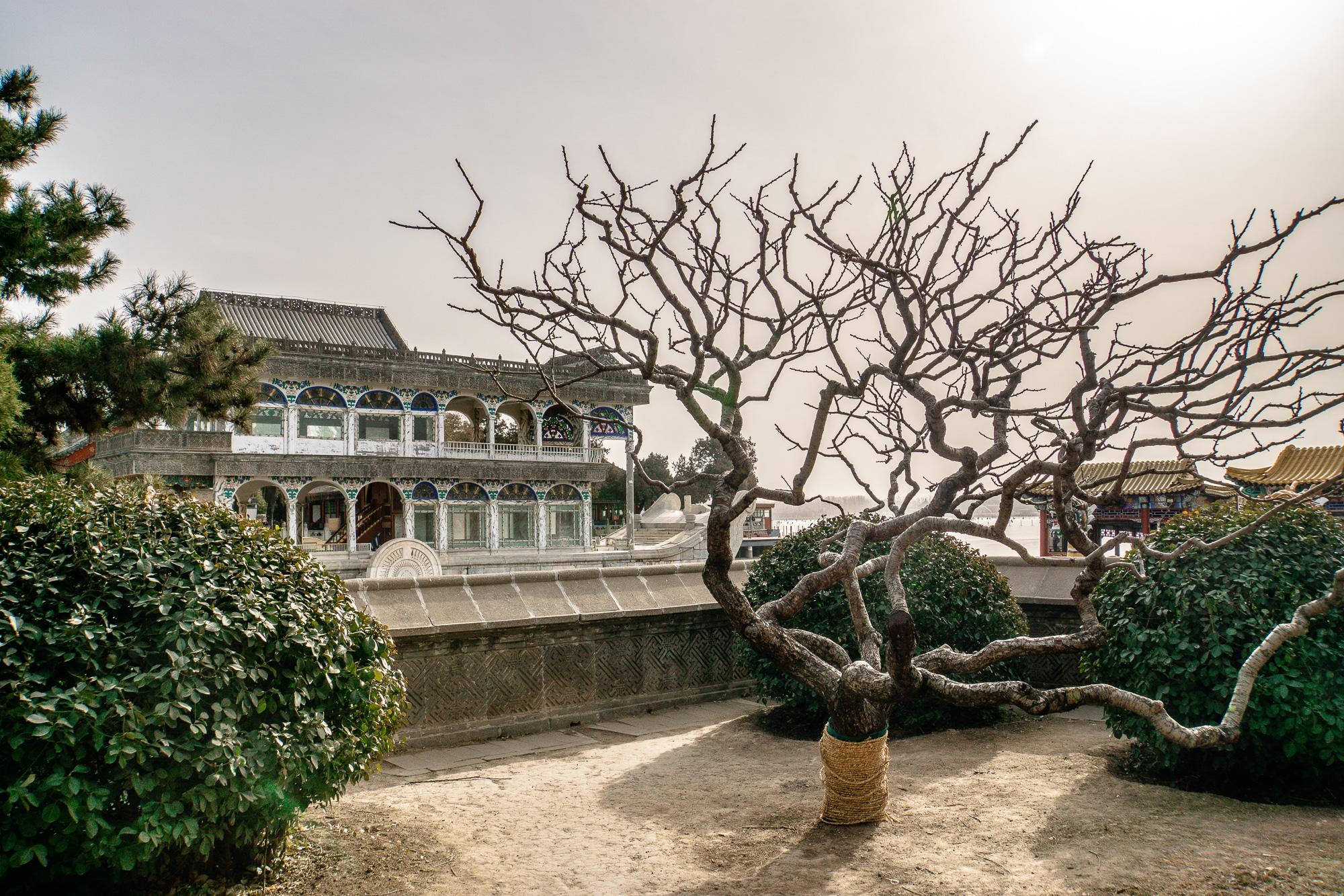 Sommerpalast in Peking: Die schönsten Sehenswürdigkeiten & Highlights - Marmorboot / Marble Boat