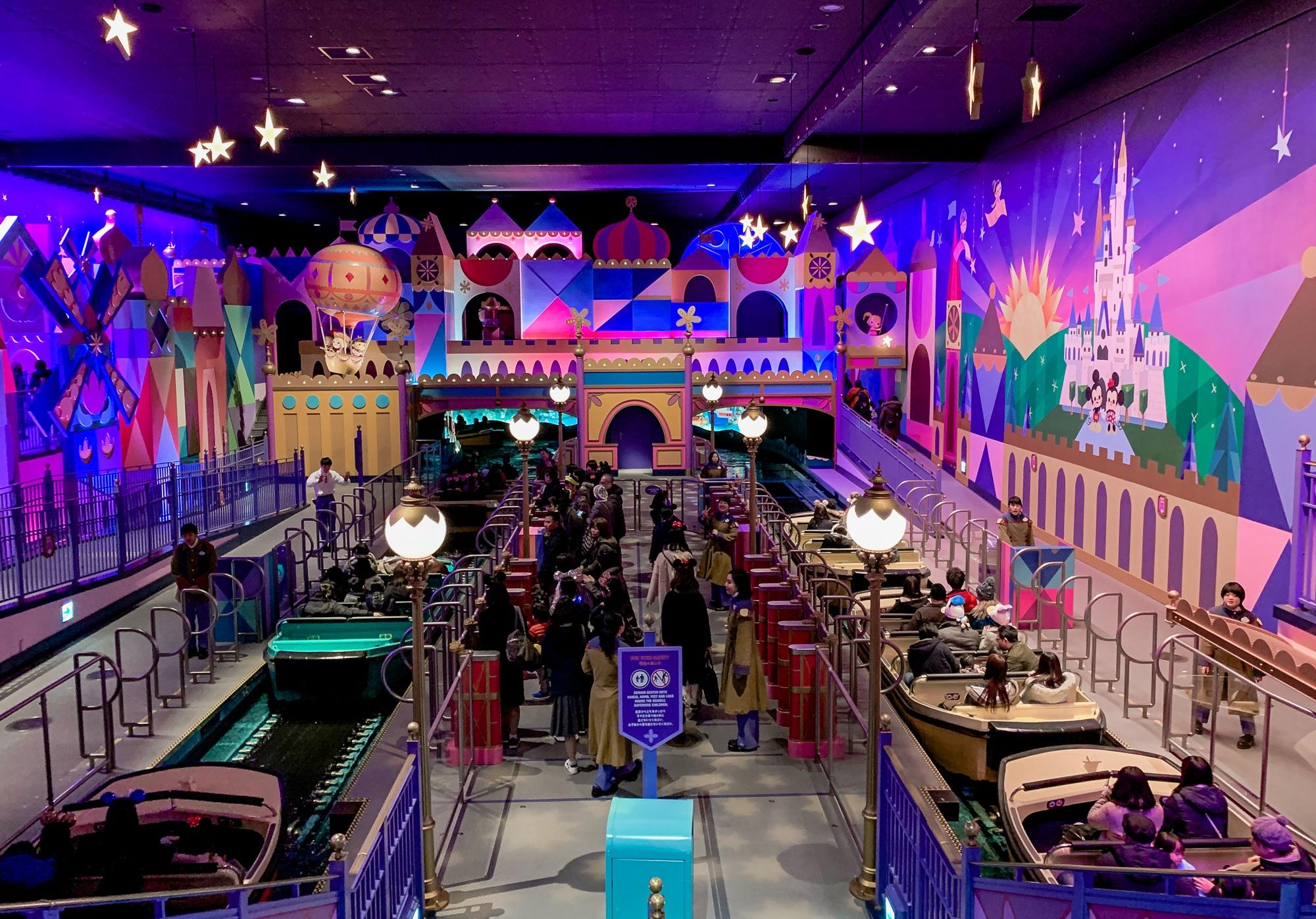 Disneyland Tokio: Meine Erfahrungen, Attraktionen und Highlights im Park - Fantasyland It's a Small World