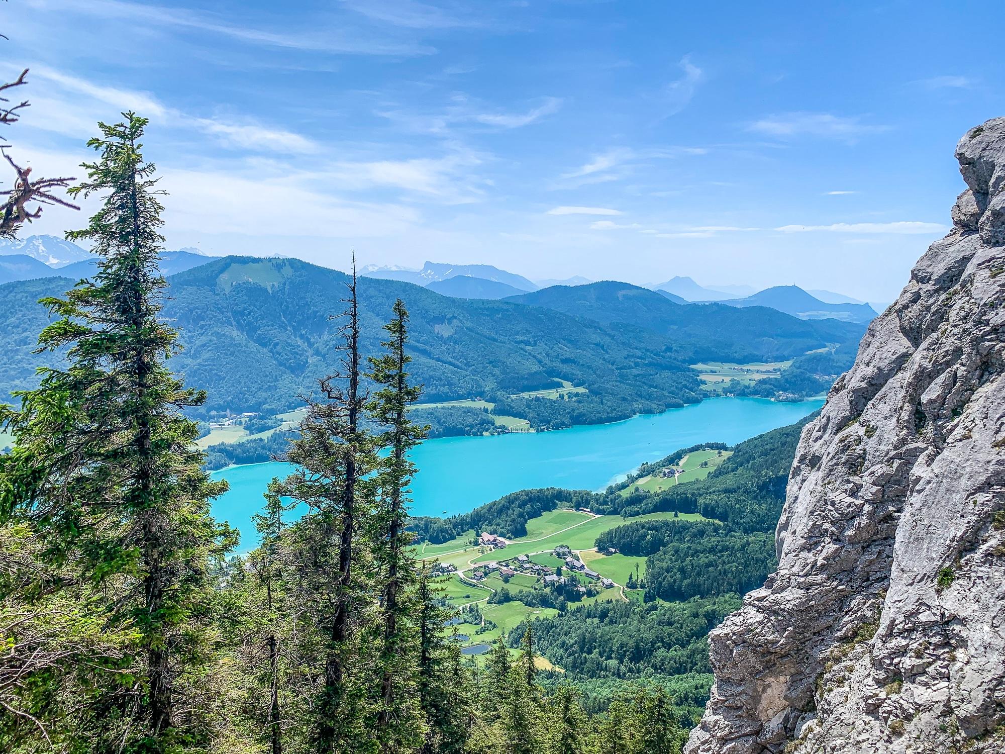 BergeSeen Trail: Erfahrungen auf der Weitwanderung im Salzkammergut - Etappe 5, Aussicht auf den Fuschlsee