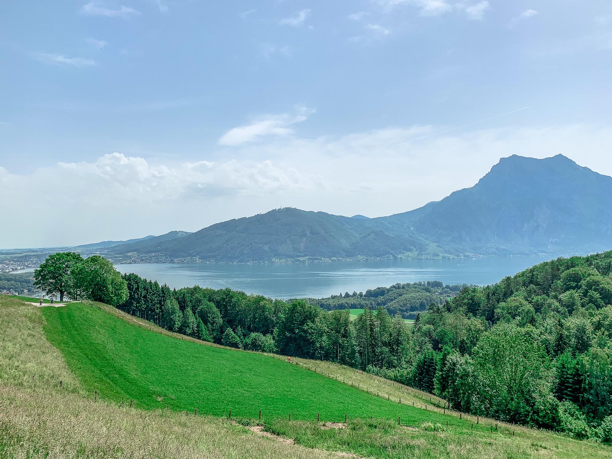 BergeSeen Trail: Erfahrungen auf der Weitwanderung im Salzkammergut - Etappe 1, Ausblick auf den Traunsee