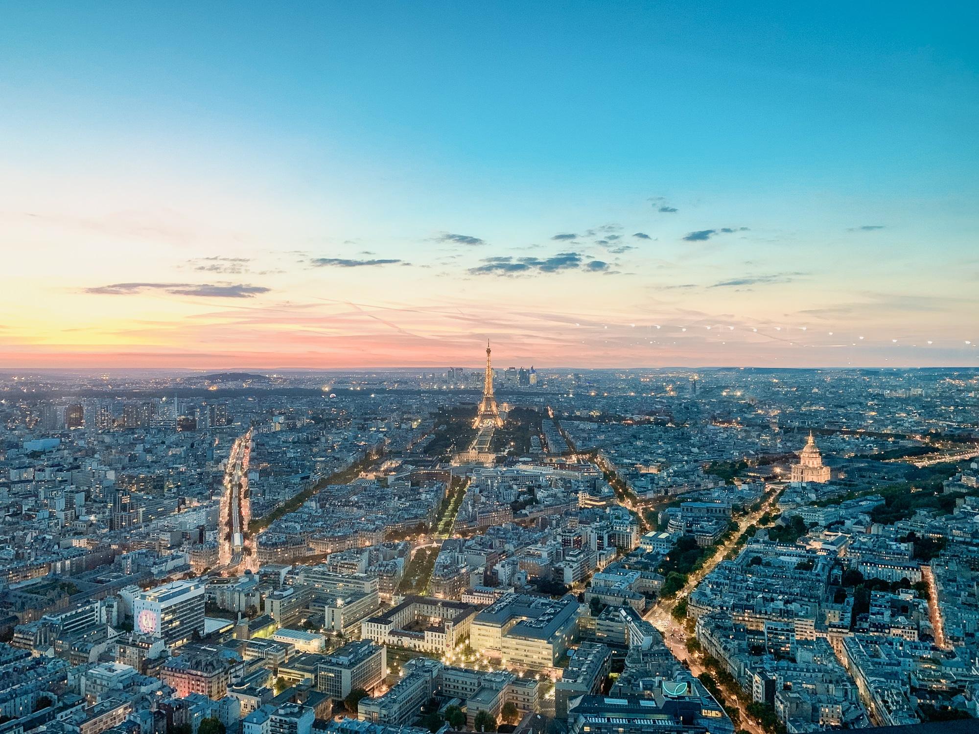 Schönste Fotospots in Paris - und meine liebsten Instagram Hotspots - Montparnasse Tower zum Sonnenuntergang