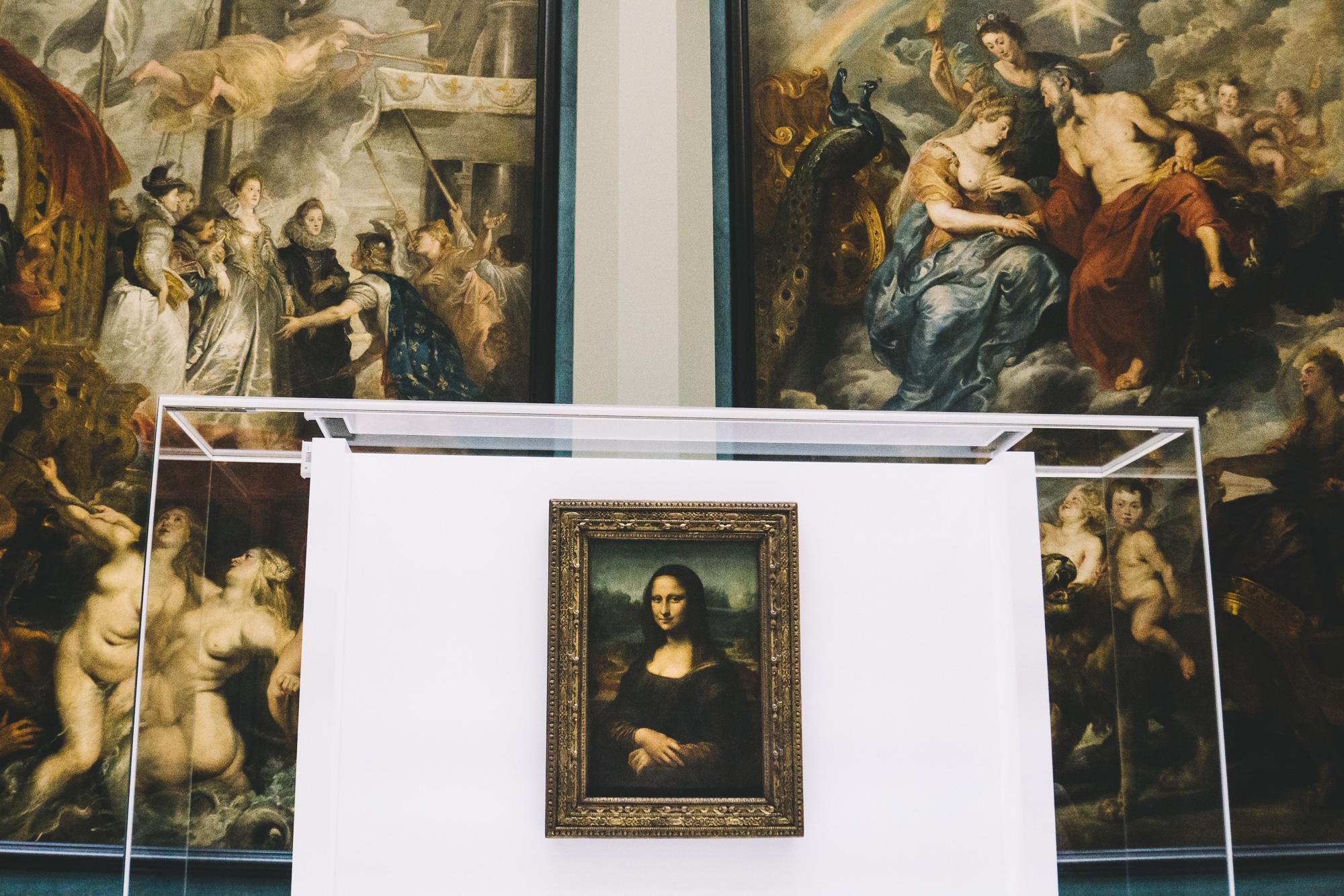 Schönste Fotospots in Paris - und meine liebsten Instagram Hotspots - Louvre Museum Mona Lisa