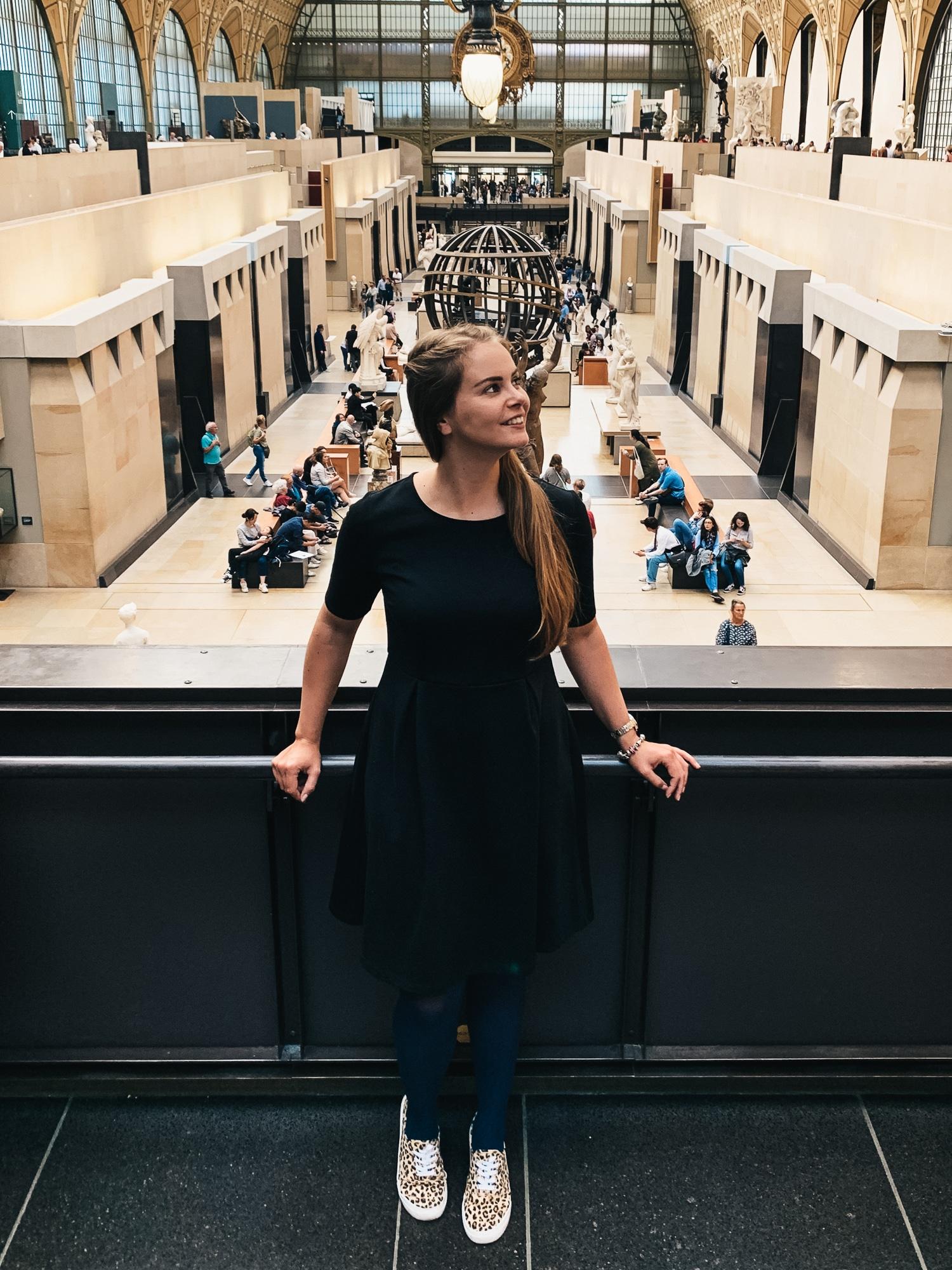 Schönste Fotospots in Paris - und meine liebsten Instagram Hotspots - Louvre Museum Liberte die Freiheit führt das Volk