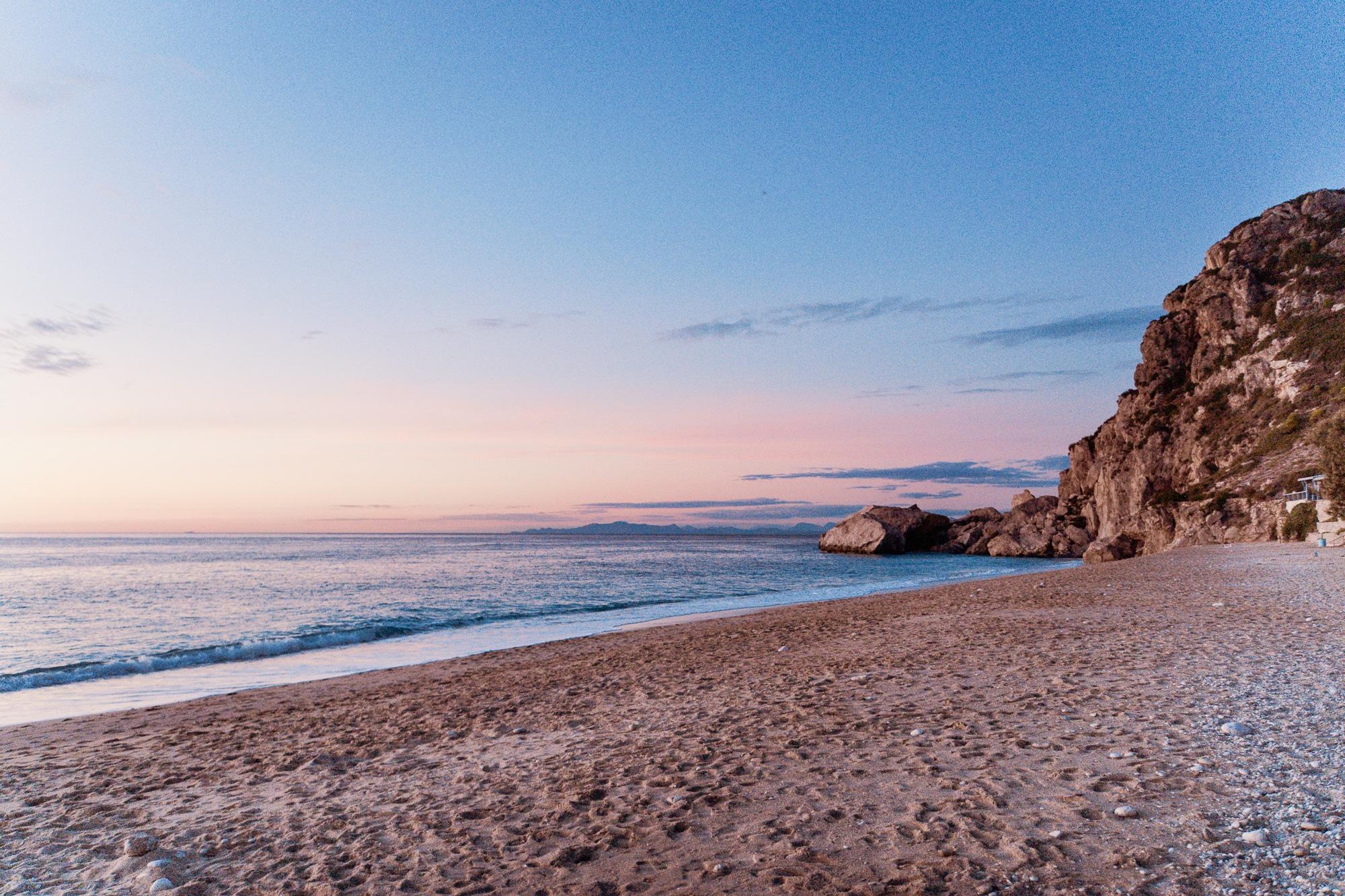 Kathisma Beach zum Sonnenuntergang, Lefkada, Griechenland