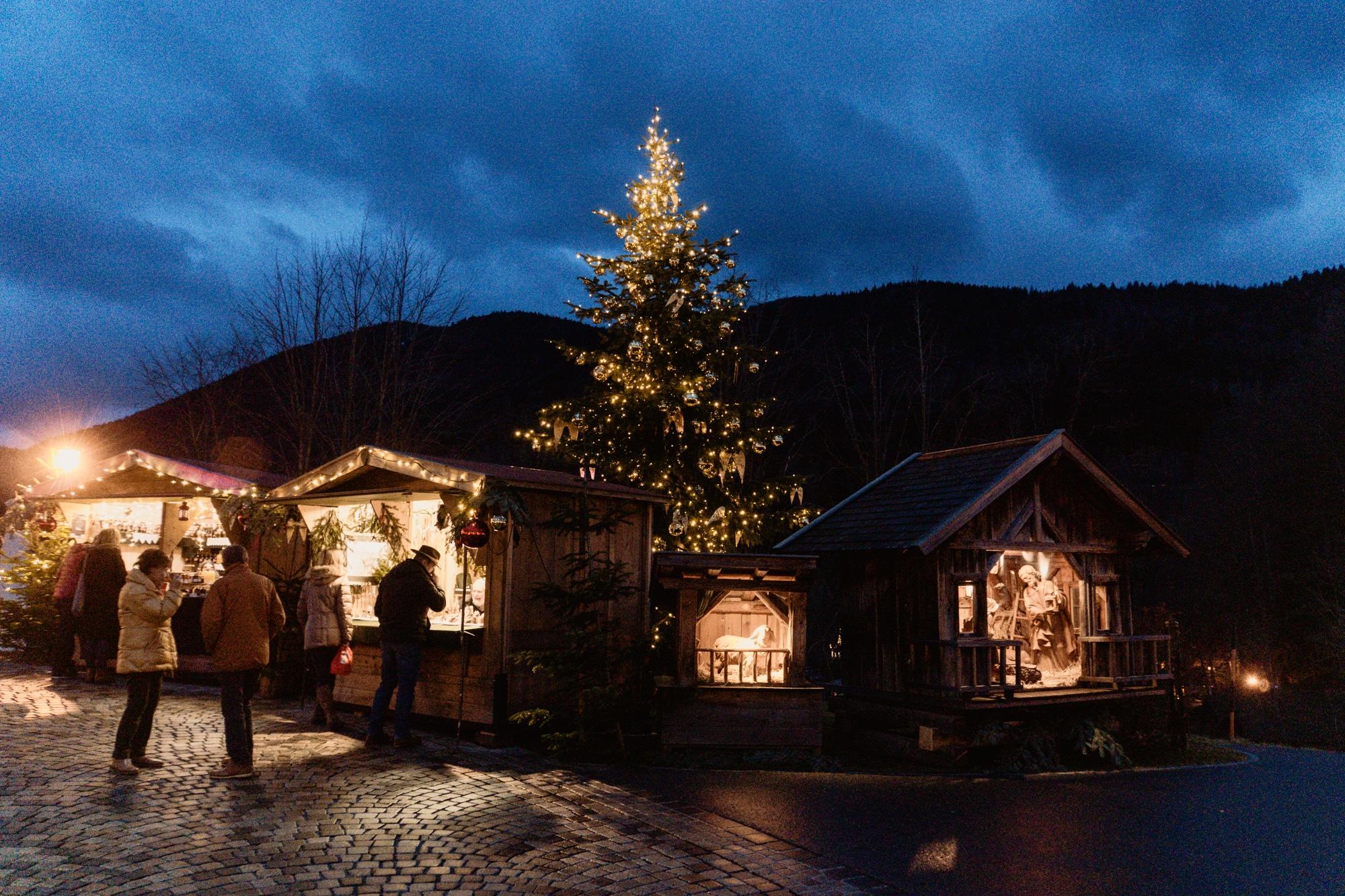 Advent im Salzkammergut: Die schönsten Weihnachtsmärkte der Region - Advent der Dörfer, Advent im Schloss Fuschl