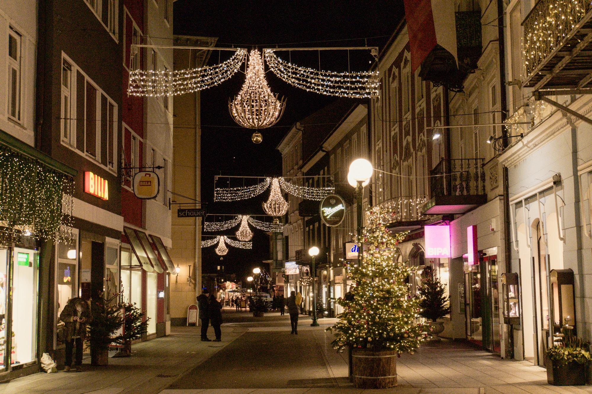 Advent im Salzkammergut: Die schönsten Weihnachtsmärkte der Region - Bad Ischl Weihnachtsbeleuchtung