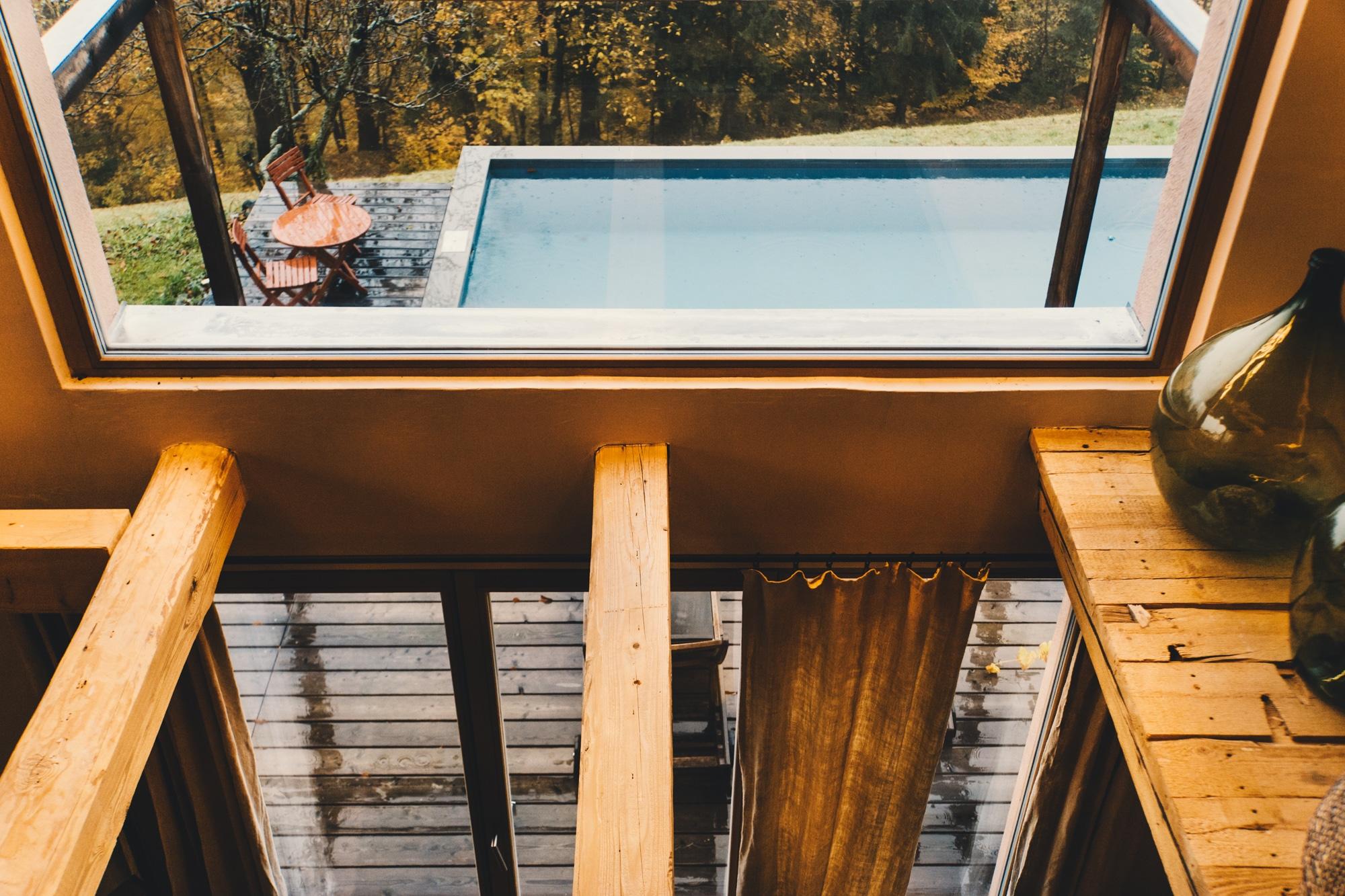 PURESLeben Erfahrungen: Das Landhaus Altenbach in der Südsteiermark - Aussicht Pool