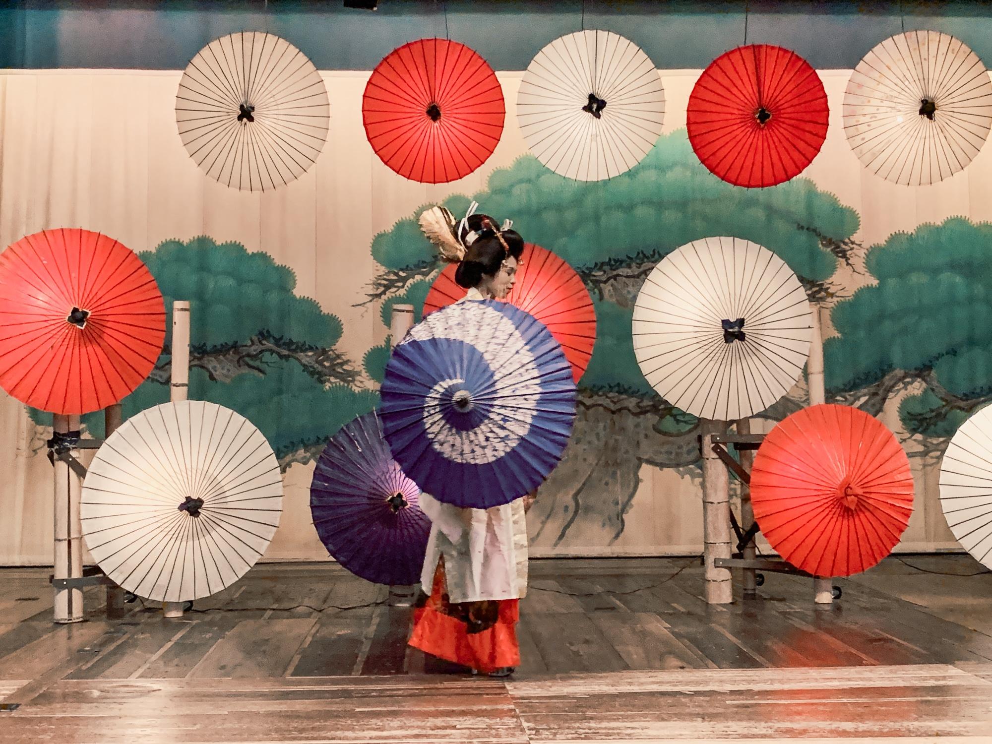 Kyushu Rundreise: Reisetipps, Onsen und Highlights in Japans Süden - Yachiyoza Theater Yamaga