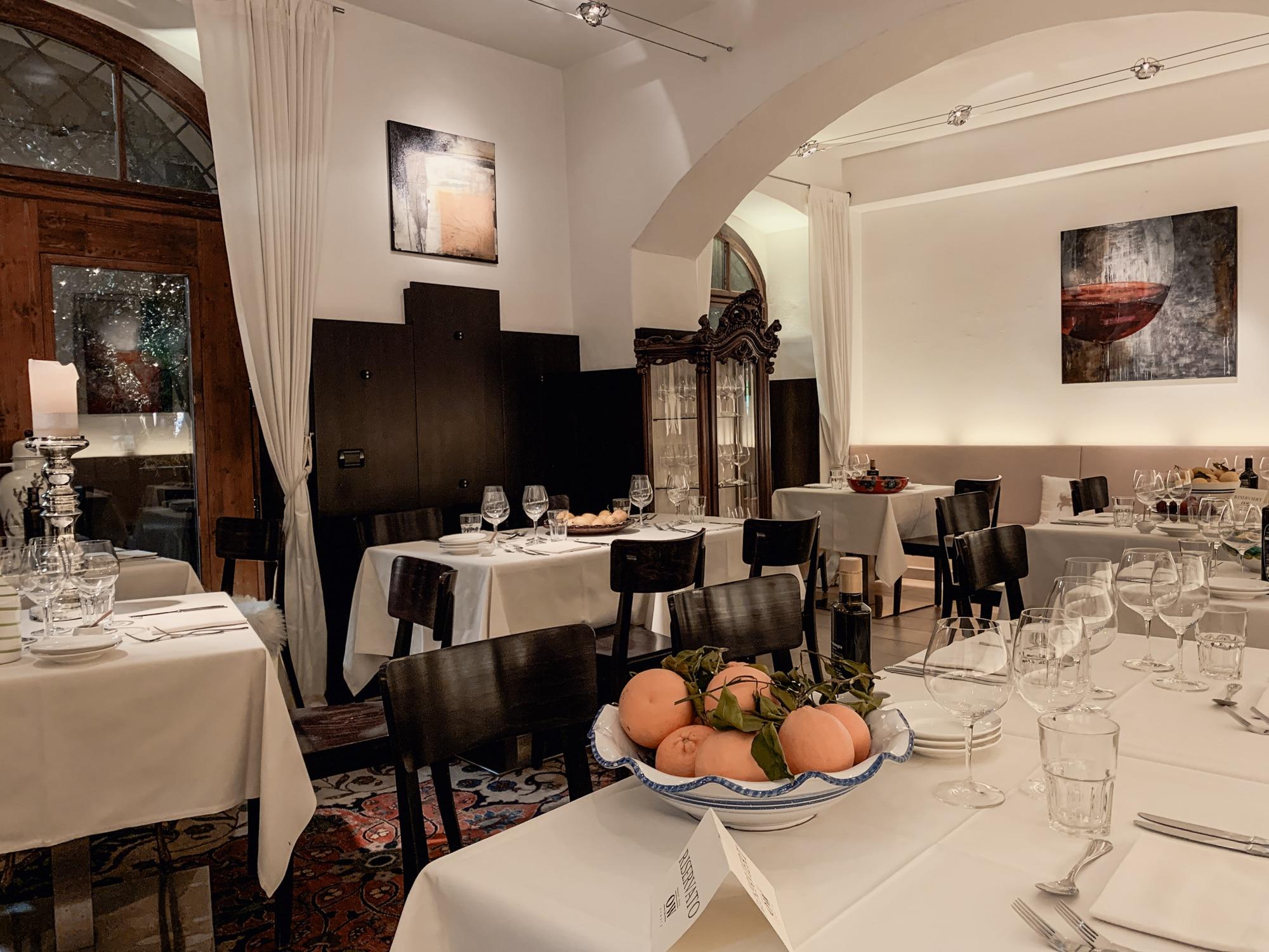 Lana, Südtirol: Winterurlaub mit Skifahren, Wellness und leckerem Essen - Abendessen Oberwirt