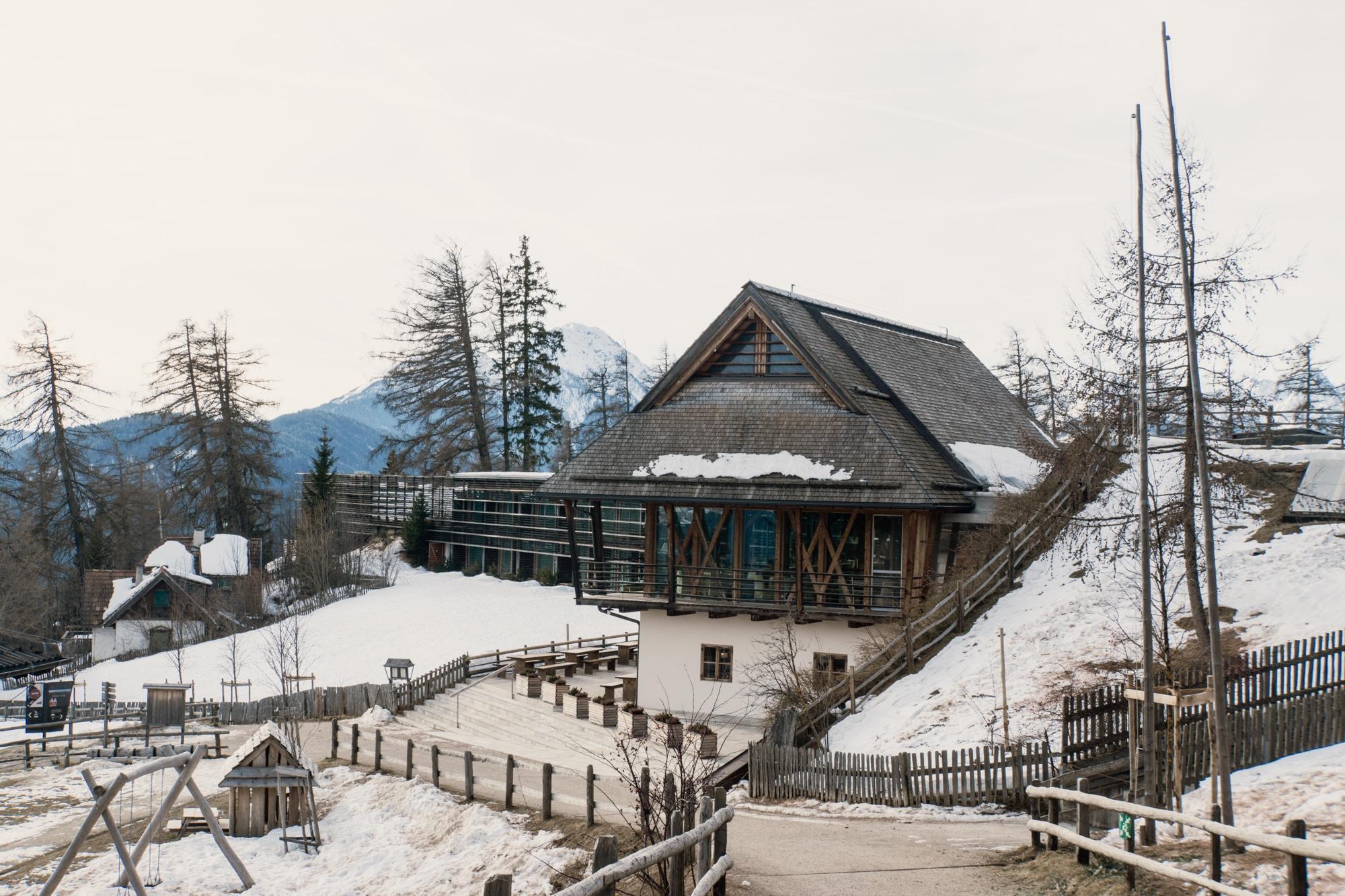 Lana, Südtirol: Winterurlaub mit Skifahren, Wellness und leckerem Essen - Vigilius Mountain Resort