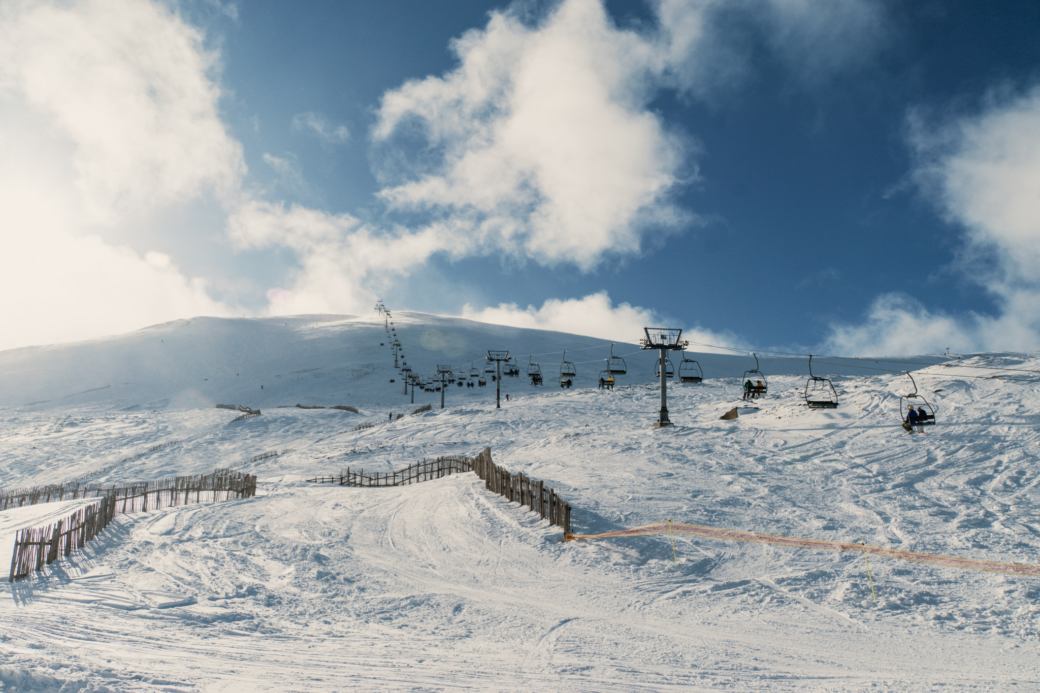 Cairngorms Nationalpark: Die SnowRoads Scenic Route in den Highlands - Glenshee Ski Centre