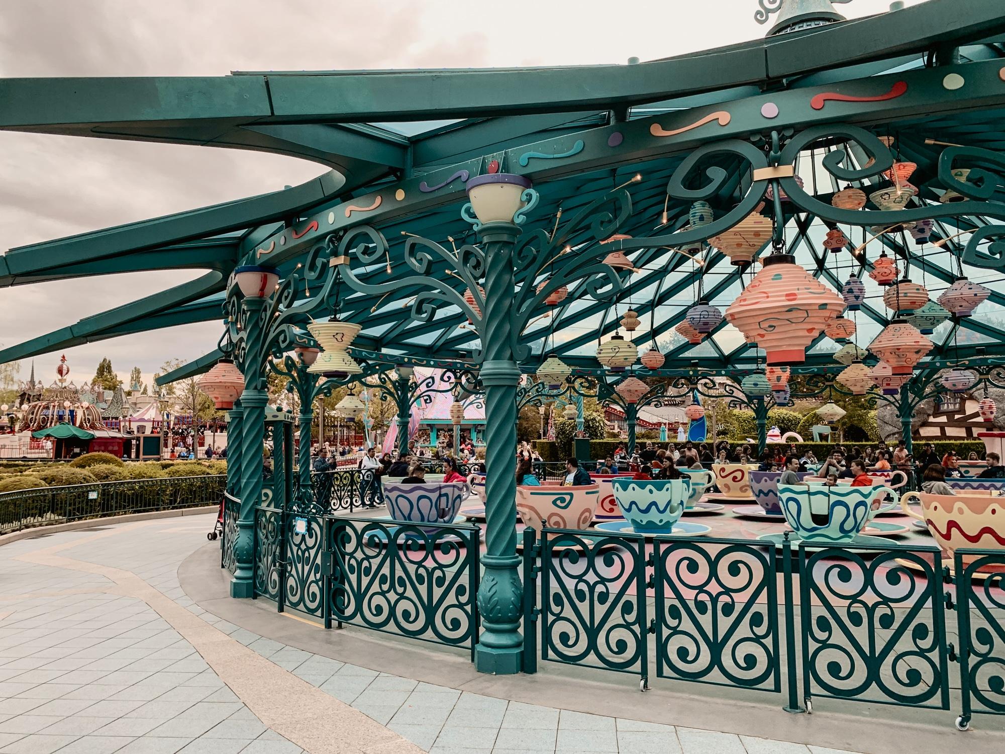 Disneyland Paris Tipps: 10 tolle Hacks für den glücklichsten Ort der Welt - Teetassen