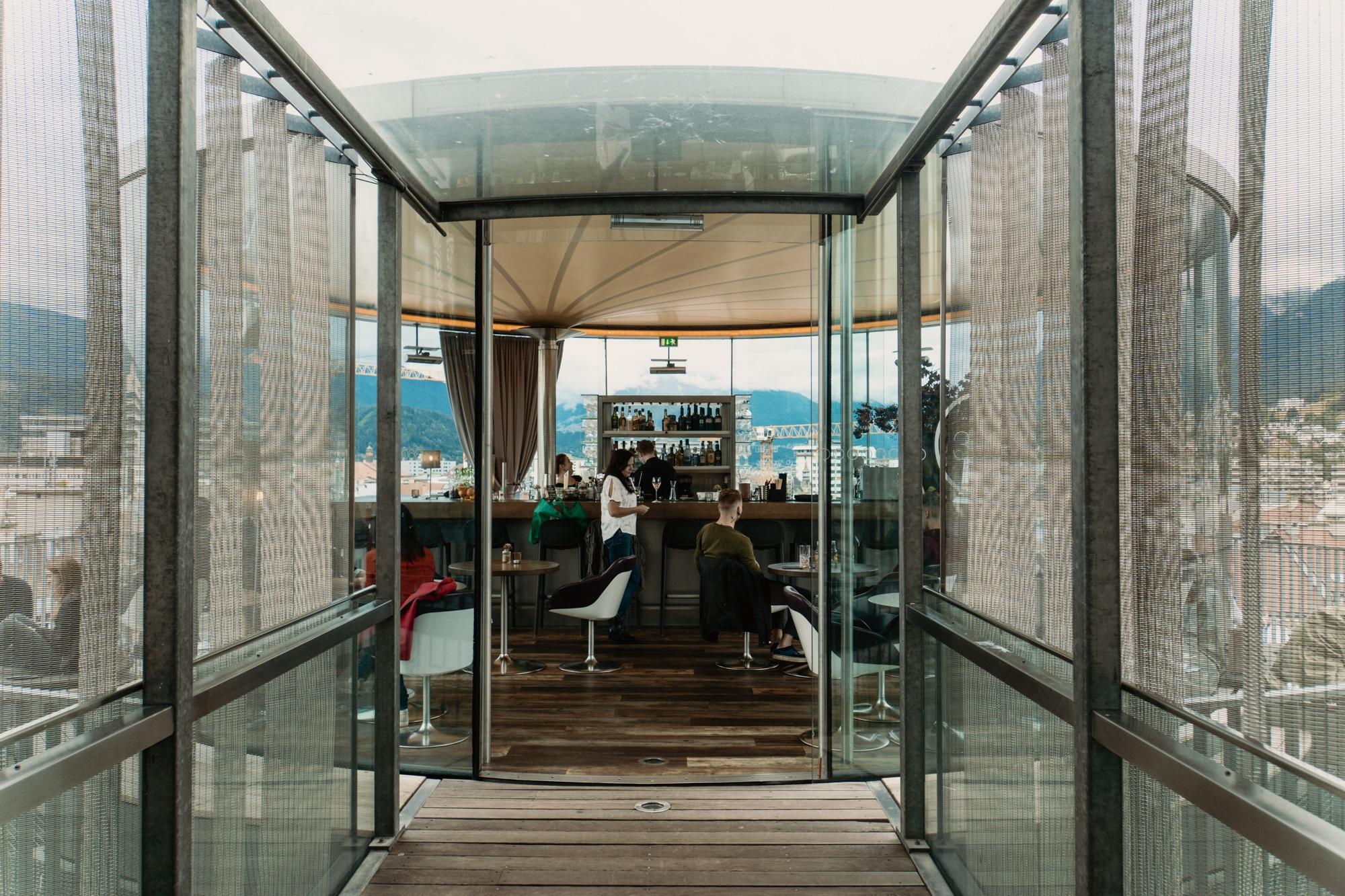 Innsbruck Sehenswürdigkeiten: Top Ten Highlights und Tipps für die Stadt - 360 Grad Bar