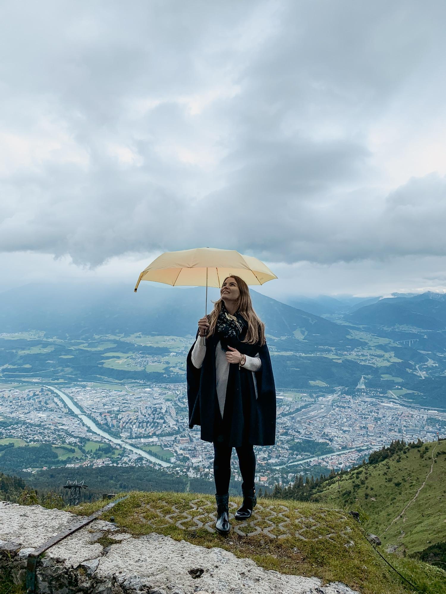 Innsbruck Sehenswürdigkeiten: Top Ten Highlights und Tipps für die Stadt - Aussicht Hafekelar
