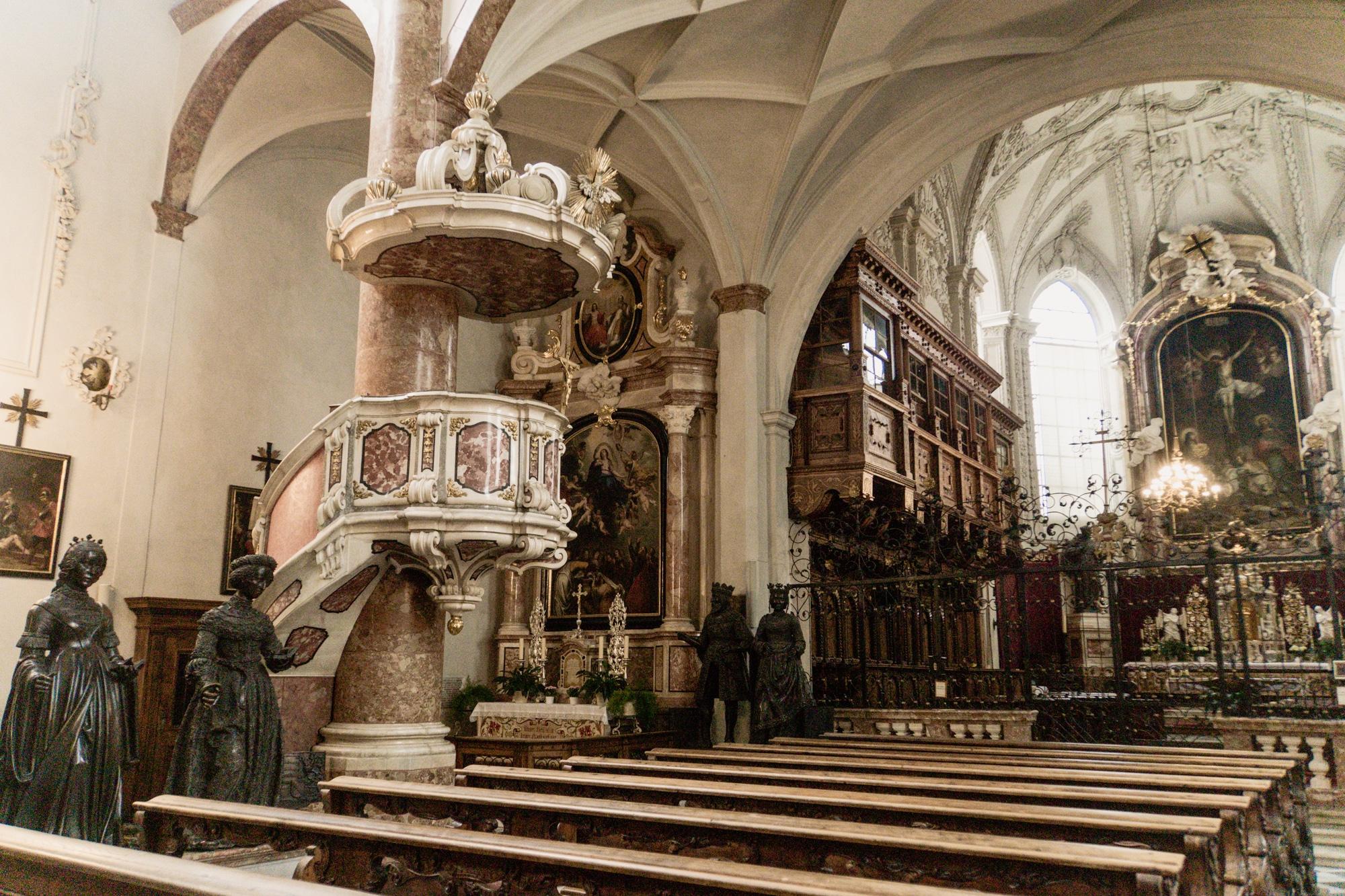 Innsbruck Sehenswürdigkeiten: Top Ten Highlights und Tipps für die Stadt - Hofkirche