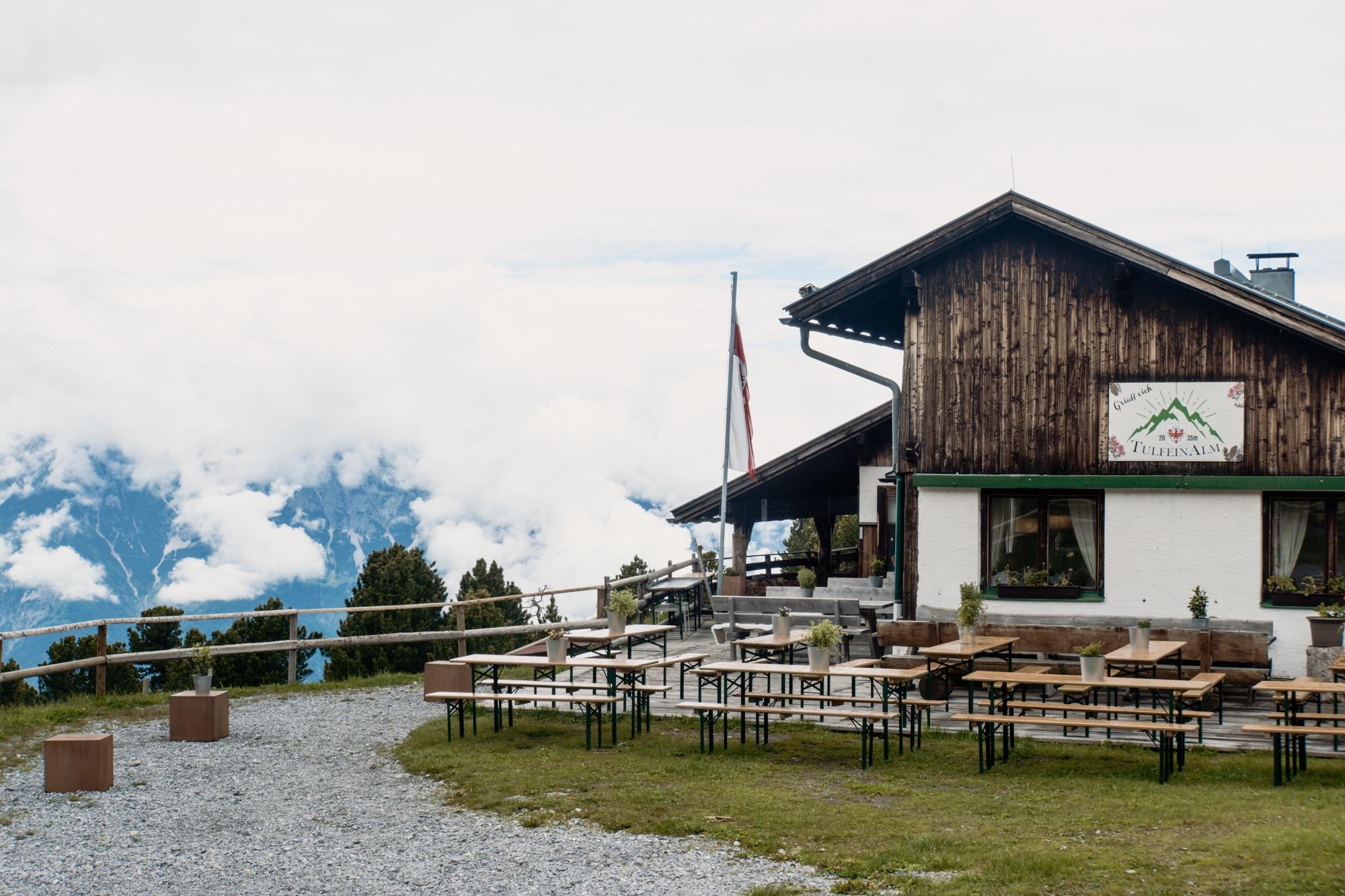 Innsbruck Sehenswürdigkeiten: Top Ten Highlights und Tipps für die Stadt - Zirbenweg Tulfeinalm